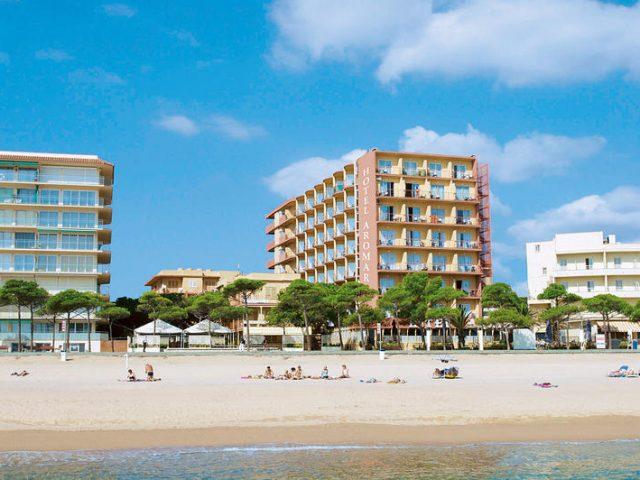 https://www.costalessgolf.com/wp-content/uploads/2015/04/hotel-aromar-ext-640x480.jpg