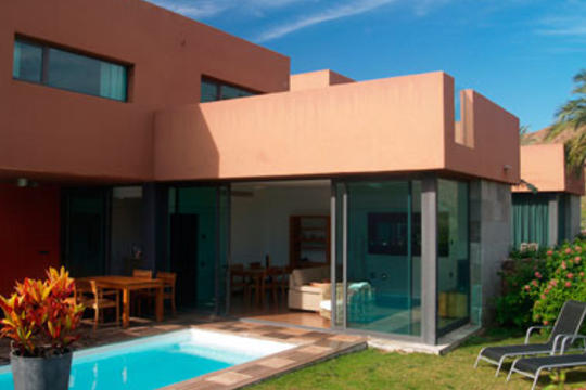 https://www.costalessgolf.com/wp-content/uploads/2015/04/villas-salobre-outside.jpg