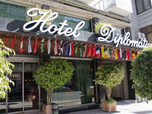 https://www.costalessgolf.com/wp-content/uploads/2015/04/vip-hotel-diplomatico-ext-640x480.jpg