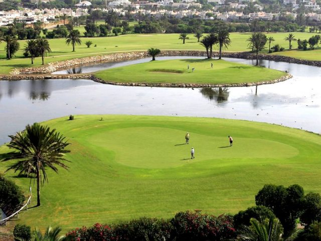 https://www.costalessgolf.com/wp-content/uploads/2015/05/Almerimar-Golf-640x480.jpg