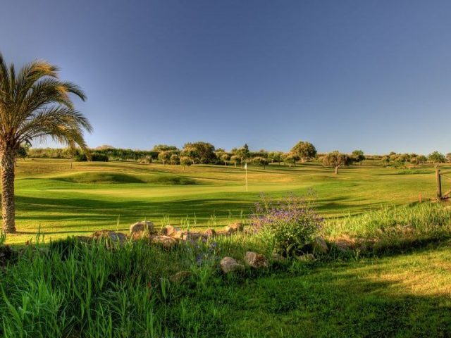 https://www.costalessgolf.com/wp-content/uploads/2015/05/Boavista-Golf-640x480.jpg