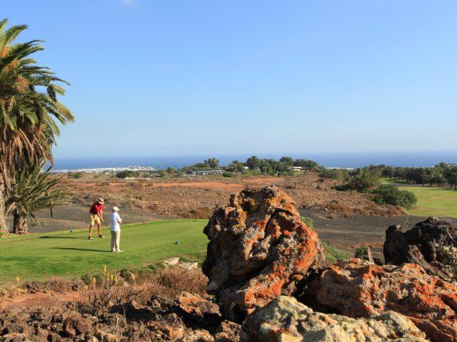 https://www.costalessgolf.com/wp-content/uploads/2015/05/Costa-Teguise-Golf-640x480.jpg
