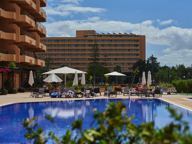 https://www.costalessgolf.com/wp-content/uploads/2015/05/DP-Portobelo-Pool-640x480.jpg
