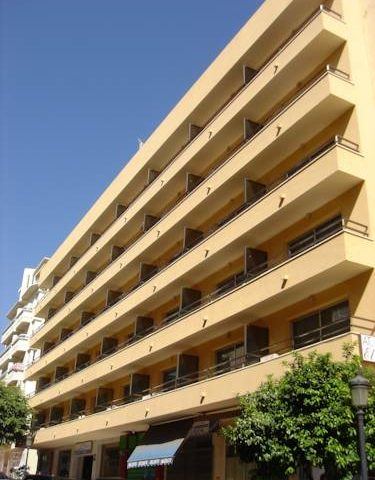 https://www.costalessgolf.com/wp-content/uploads/2015/05/El-faro-apartments-outside-375x480.jpg