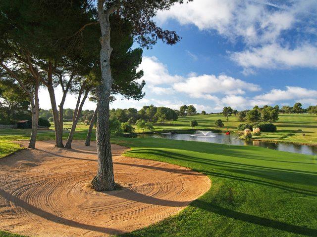 https://www.costalessgolf.com/wp-content/uploads/2015/05/Golf-Maioris-640x480.jpg