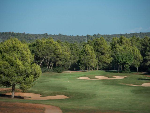 https://www.costalessgolf.com/wp-content/uploads/2015/05/Golf-Park-Mallorca-1-640x480.jpg