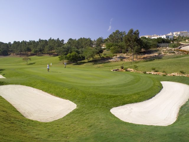 https://www.costalessgolf.com/wp-content/uploads/2015/05/Golf-Santo-Antonio-12th-green2-640x480.jpg