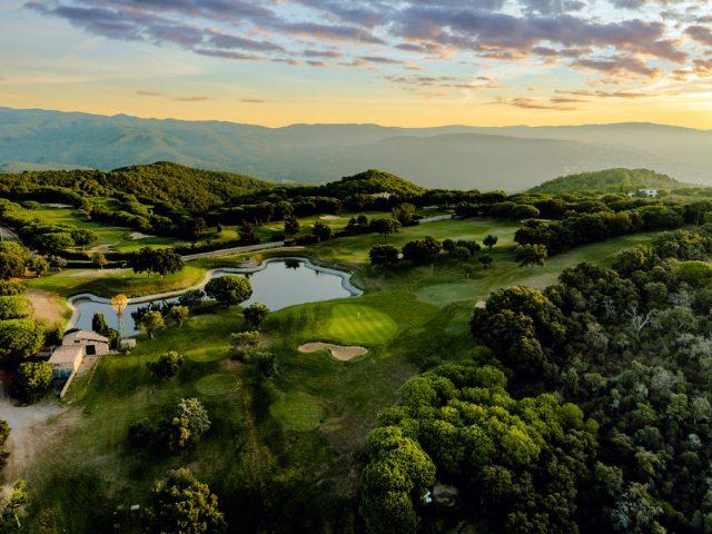 https://www.costalessgolf.com/wp-content/uploads/2015/05/Golf-d´aro-1-640x480.jpg