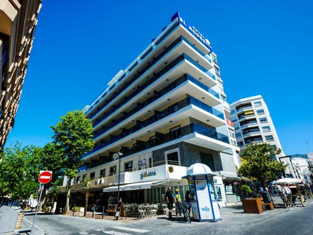 https://www.costalessgolf.com/wp-content/uploads/2015/05/HOTEL-MONARQUE-EL-RODEO-GENERICA-TOP-640x480.jpg