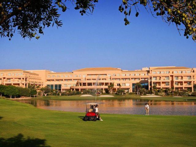 https://www.costalessgolf.com/wp-content/uploads/2015/05/Hotel-Alicante-Golf-640x480.jpg