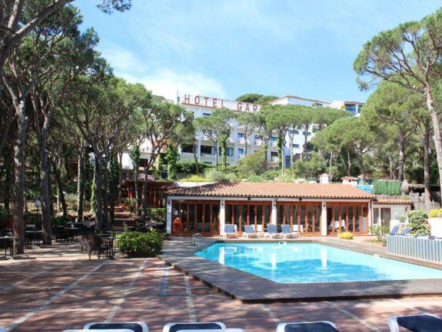 https://www.costalessgolf.com/wp-content/uploads/2015/05/Hotel-Garbi-640x480.jpg