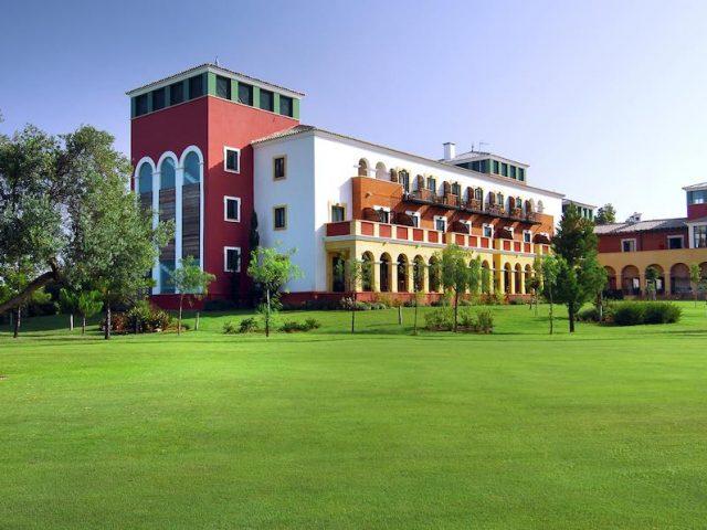 https://www.costalessgolf.com/wp-content/uploads/2015/05/Hotel-Isla-Canela-640x480.jpg