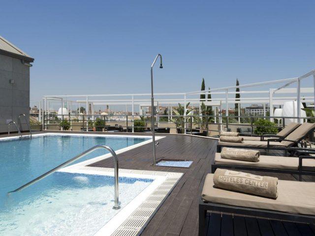 https://www.costalessgolf.com/wp-content/uploads/2015/05/Hotel-Sevilla-Center-Roof-Bar-640x480.jpg