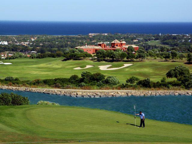 https://www.costalessgolf.com/wp-content/uploads/2015/05/La-Canada-Golf-640x480.jpg