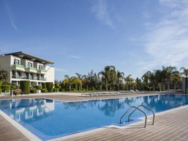https://www.costalessgolf.com/wp-content/uploads/2015/05/La-Finca-Golf-Resort-Pool-640x480.jpg