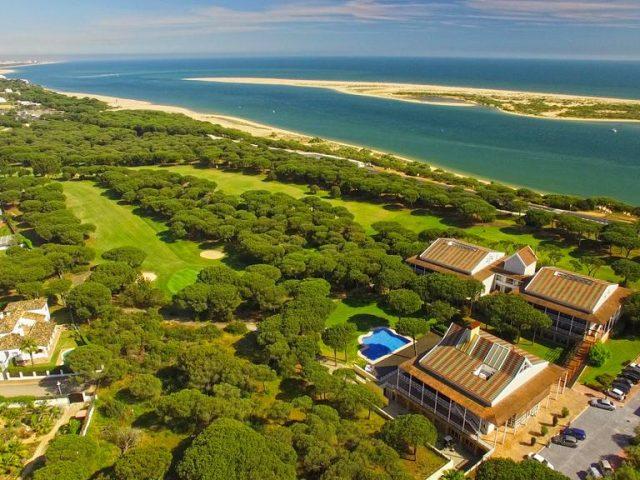 https://www.costalessgolf.com/wp-content/uploads/2015/05/Nuevo-Portil-Golf-640x480.jpg