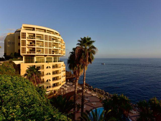 https://www.costalessgolf.com/wp-content/uploads/2015/05/Pestana-Palms-Ocean-Hotel-640x480.jpg