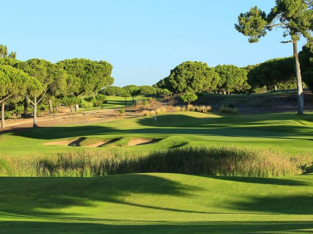 https://www.costalessgolf.com/wp-content/uploads/2015/05/Pinhal-golf-2-640x480.jpg
