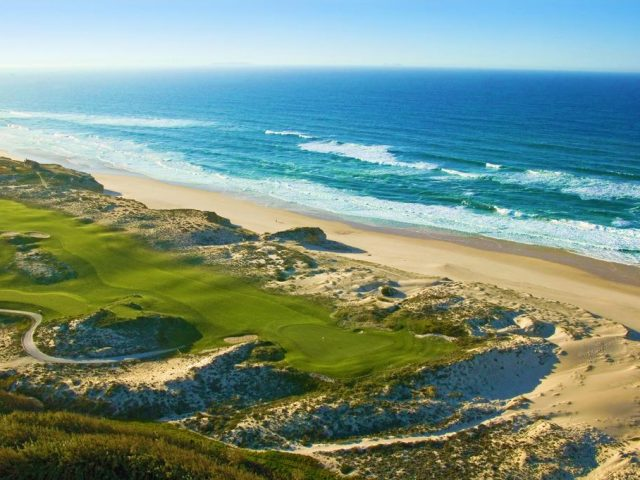 https://www.costalessgolf.com/wp-content/uploads/2015/05/Praia-d´el-Rey-Golf-1-640x480.jpg