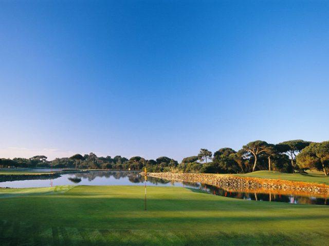 https://www.costalessgolf.com/wp-content/uploads/2015/05/Quinta-da-Marinha-Golf-4-640x480.jpg