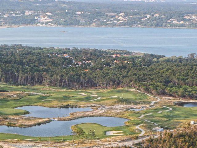 https://www.costalessgolf.com/wp-content/uploads/2015/05/Royal-Obidos-Golf-4-640x480.jpg
