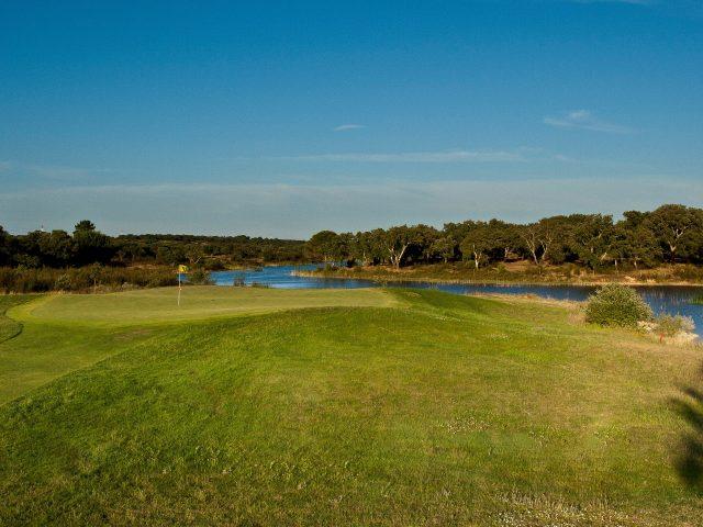 https://www.costalessgolf.com/wp-content/uploads/2015/05/Santo-Estevao-Golf-2-640x480.jpg
