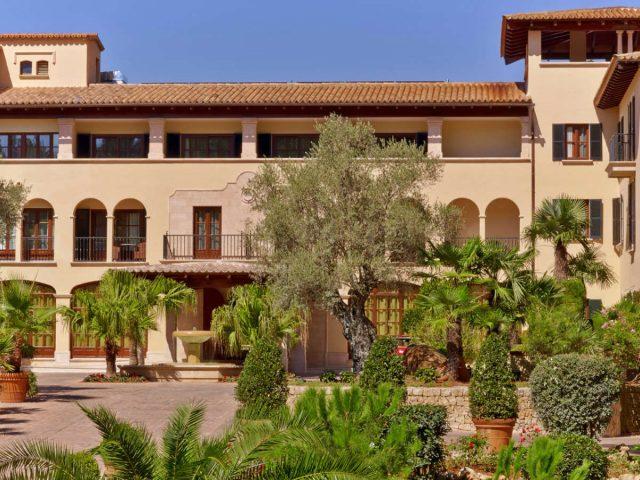 https://www.costalessgolf.com/wp-content/uploads/2015/05/Sheraton-Mallorcal-Arabella-ext-2-640x480.jpg