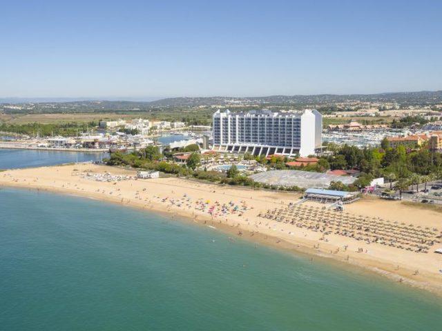 https://www.costalessgolf.com/wp-content/uploads/2015/05/Tivoli-Marina-Hotel-640x480.jpg
