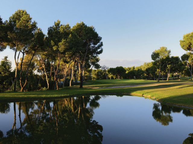 https://www.costalessgolf.com/wp-content/uploads/2015/05/Villamartin-Golf-640x480.jpg