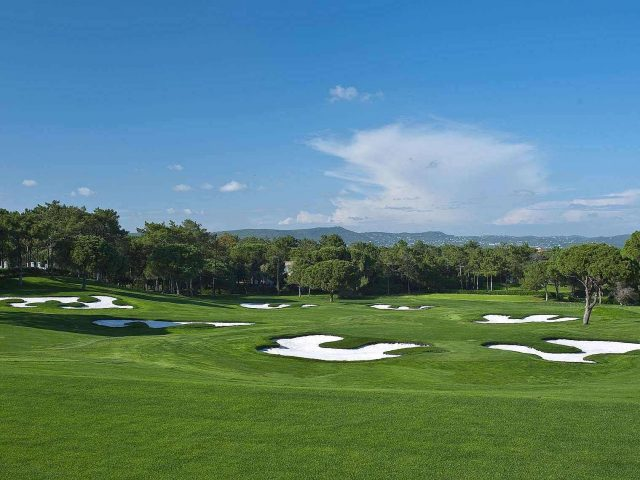 https://www.costalessgolf.com/wp-content/uploads/2015/05/south-golf-course-quinta-do-lago-banner-6-2000x1139-640x480.jpg