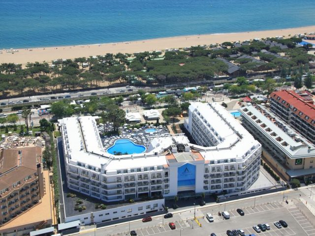 https://www.costalessgolf.com/wp-content/uploads/2015/09/Aquamarina-Hotel-640x480.jpg