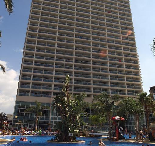 https://www.costalessgolf.com/wp-content/uploads/2016/07/Medplaya-Flamingos-Hotel-509x480.jpg