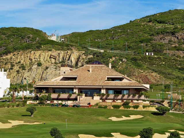 https://www.costalessgolf.com/wp-content/uploads/2018/11/ona-valle-romano-golf-facilities-clubhouse-640x480.jpg