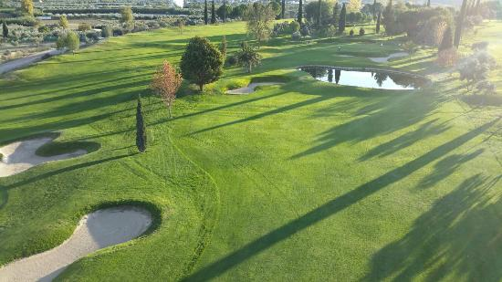 https://www.costalessgolf.com/wp-content/uploads/2019/04/granada-club-de-golf.jpg