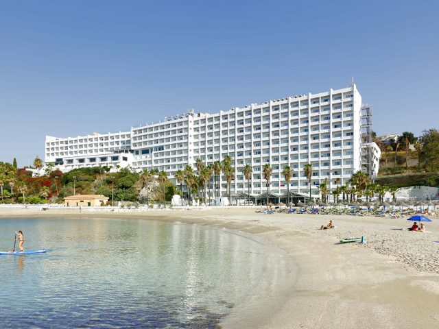 https://www.costalessgolf.com/wp-content/uploads/2019/06/Palladium-Hotel-Costa-del-Sol-640x480.jpg